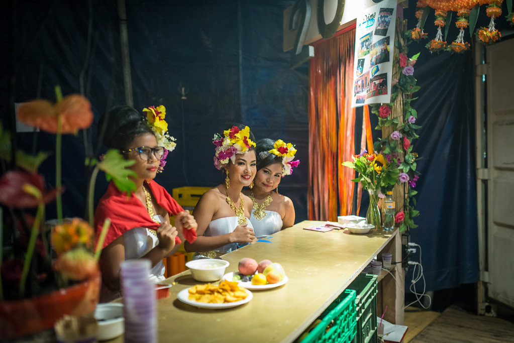 Day  6 Backstage: Thai dancers at the Dome's bar Backstage