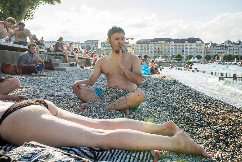 Day 4: Gangzi (Tulegur) relaxing at the Bain-des-Paquis (Geneva)