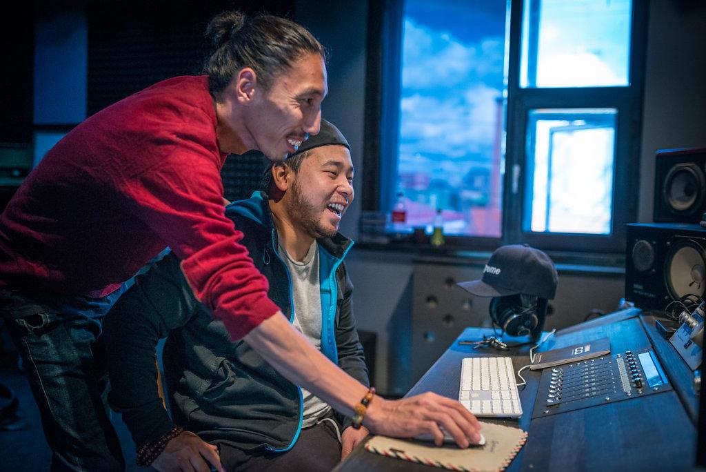 Gee's crew in the studio